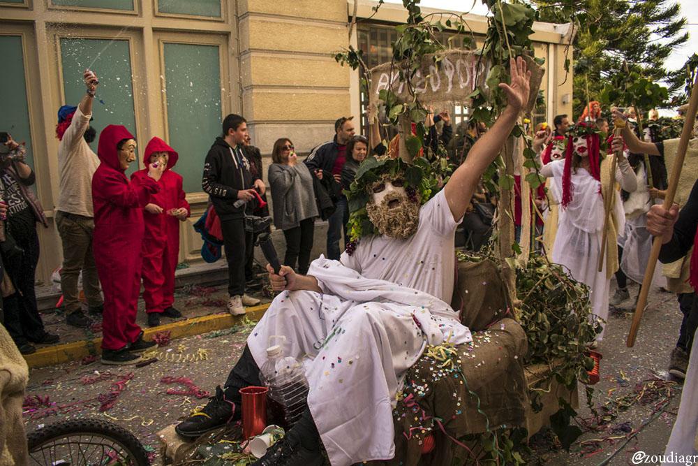 Η παρέλαση των καρναβαλιστών