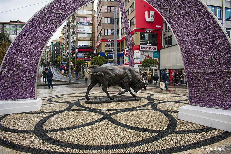 Το Άγαλμα του Ταύρου