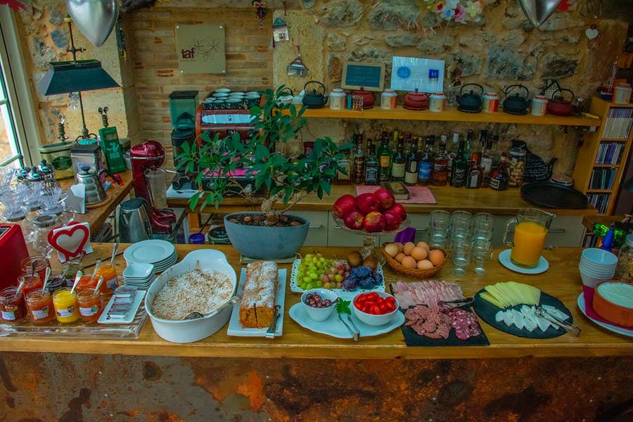 Πρωινό Astra Καστανιά
